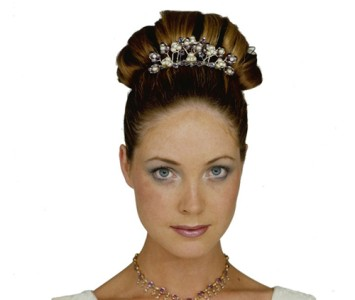 Tiara - style - Jessica - Lilac crystal with pearl and diamanté