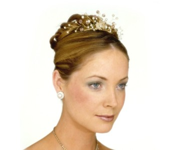 Tiara - style - Penny - Small gold roses with peach and pearl spray.